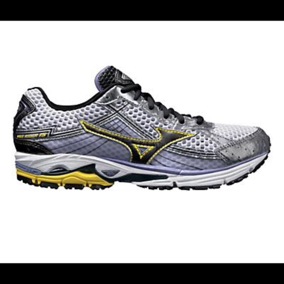 mizuno running shoes size 15 herren 2018